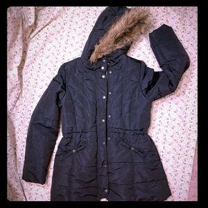 5/$25 - Faux fur Hooded puffer coat
